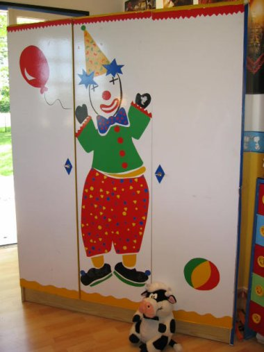 armoire_clown (5).JPG